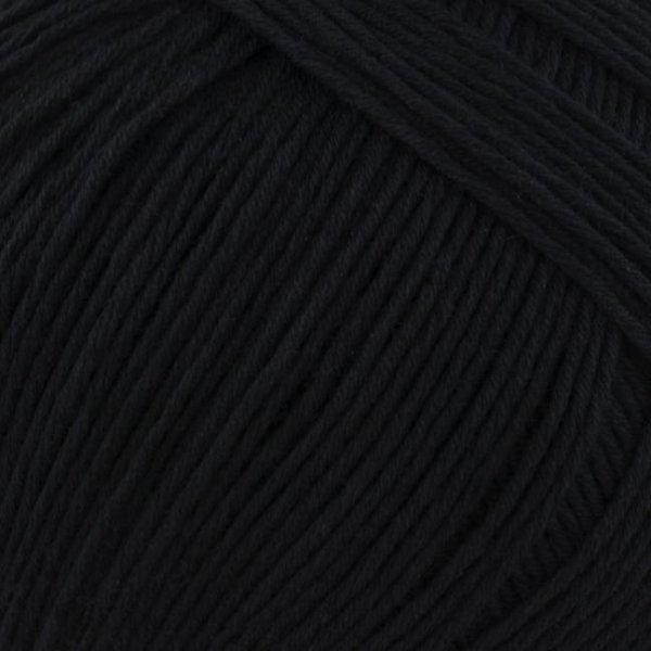 BC-Garn Wolle der Sorte Alba in der Farbe Schwarz