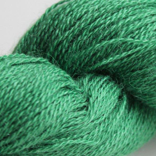 Manos Wolle der Sorte Lace in der Farbe Rhia