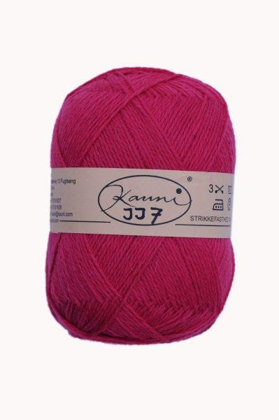 Kauni Wolle der Sorte Einfarbig in der Farbe JJ7