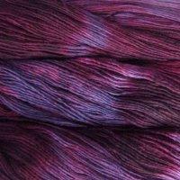 Malabrigo Wolle der Sorte Worsted in der Farbe Velvet-Grapes