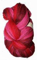 Kauni Wolle der Sorte Effektgarn in der Farbe EME