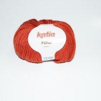 Katia Wolle der Sorte Peru in der Farbe Hellrot