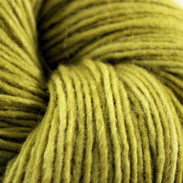 Manos Wolle der Sorte Silk in der Farbe Baltic
